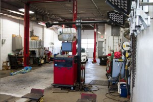 An OEM fleet repair bay at Peters Body Shop is ready for your fleet to pull in.